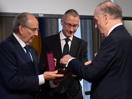 The medal is awarded to public figures who have made a significant contribution to the cause of the Ukrainian-Jewish mutual understanding and cooperation