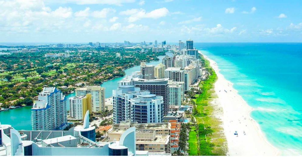 Trump International Beach Resort Miami, an upscale family-friendly enclave on Miami's Sunny Isles Beach. Photo: dezerdevelopment.com
